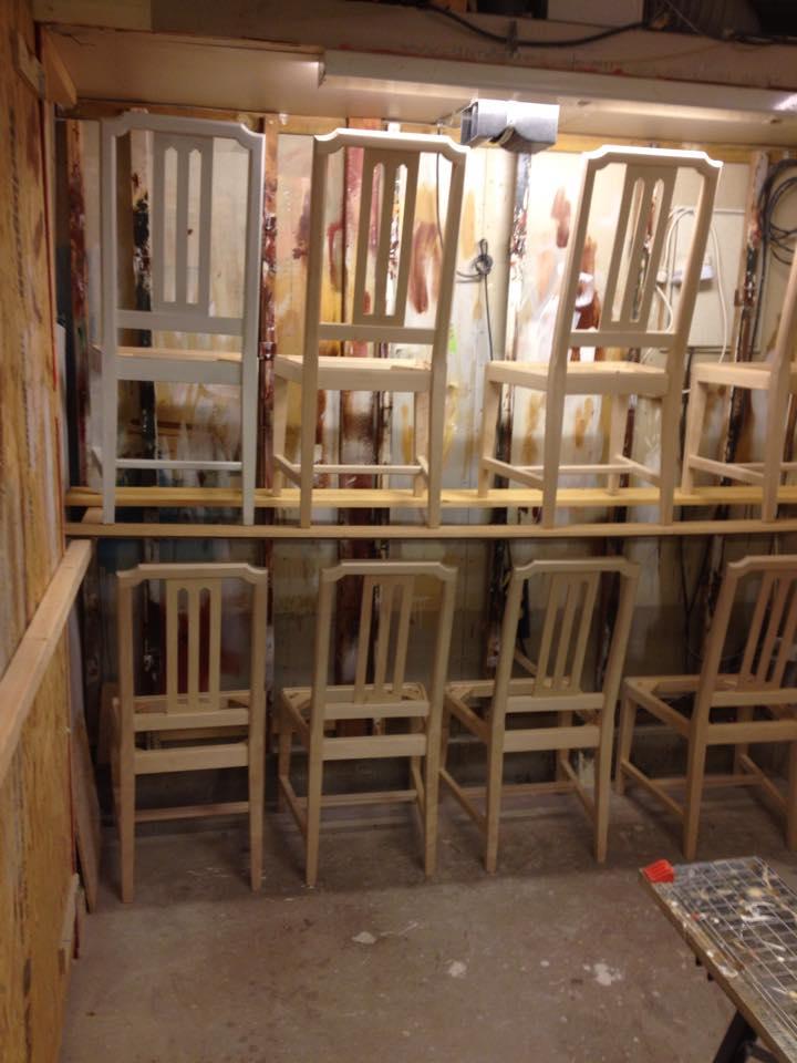 Målning av stolar